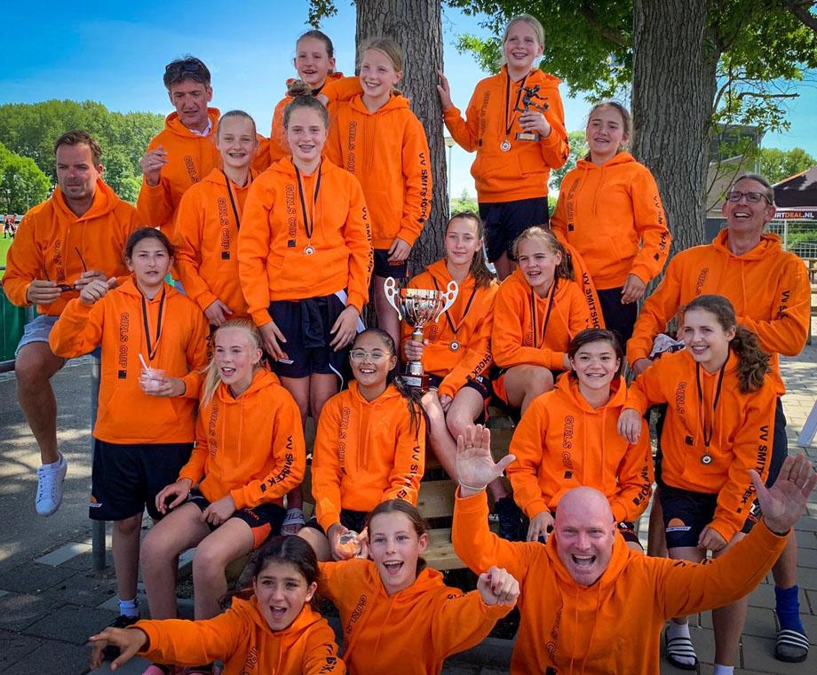 Internationaal toernooi met de meiden van VV Smitshoek