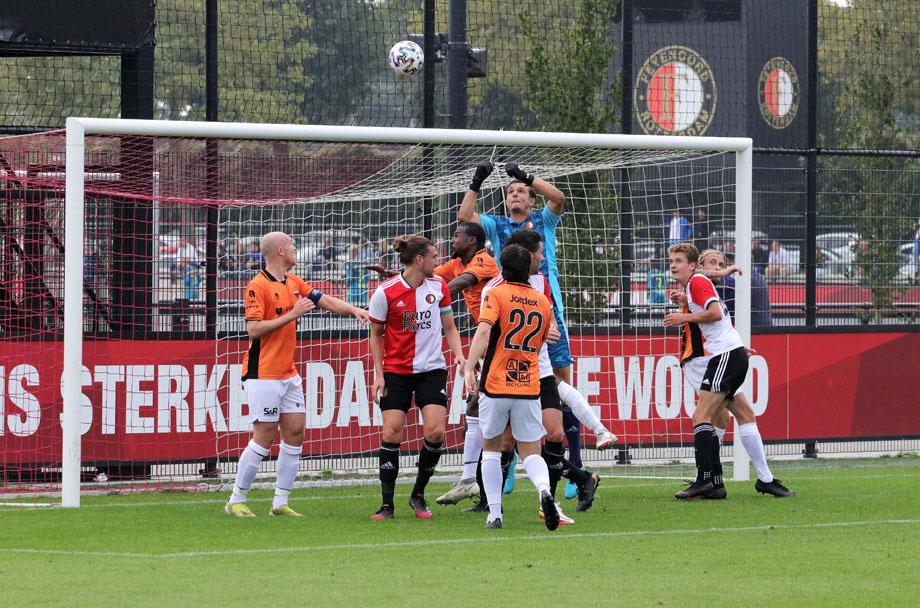 Smitshoek kansloos tegen Feyenoord.